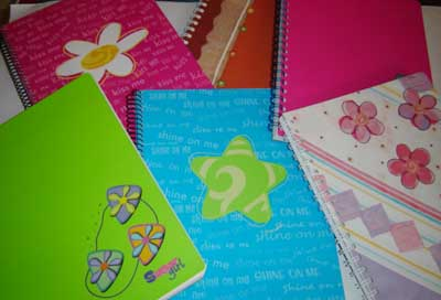 9 Ideas bonitas para realizar carátulas para cuadernos a mano (7)